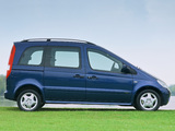 Mercedes-Benz Vaneo UK-spec (W414) 2002–06 wallpapers