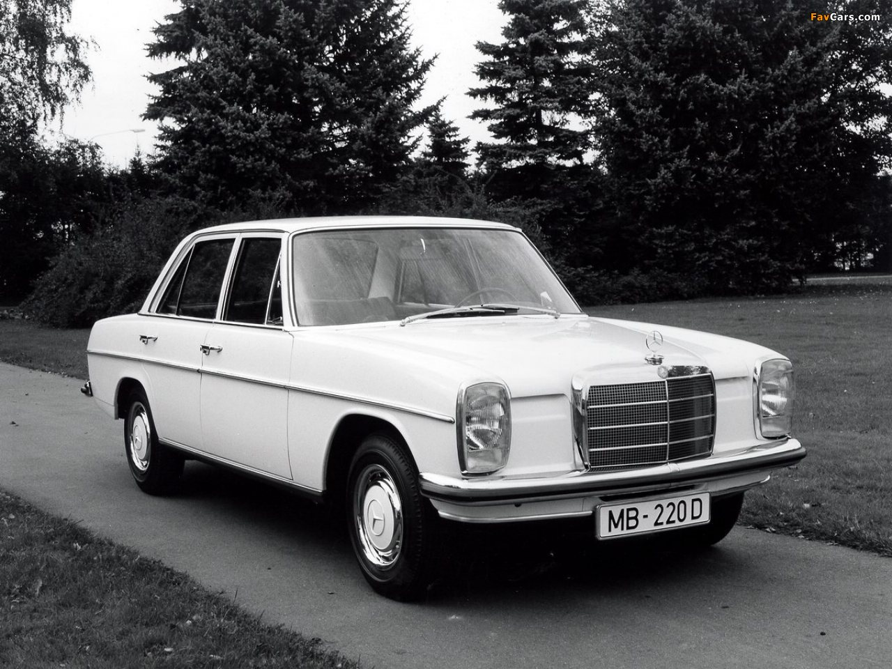 Mercedes Benz 220 D W115 1967 73 Pictures 261478 on mercedes benz w114