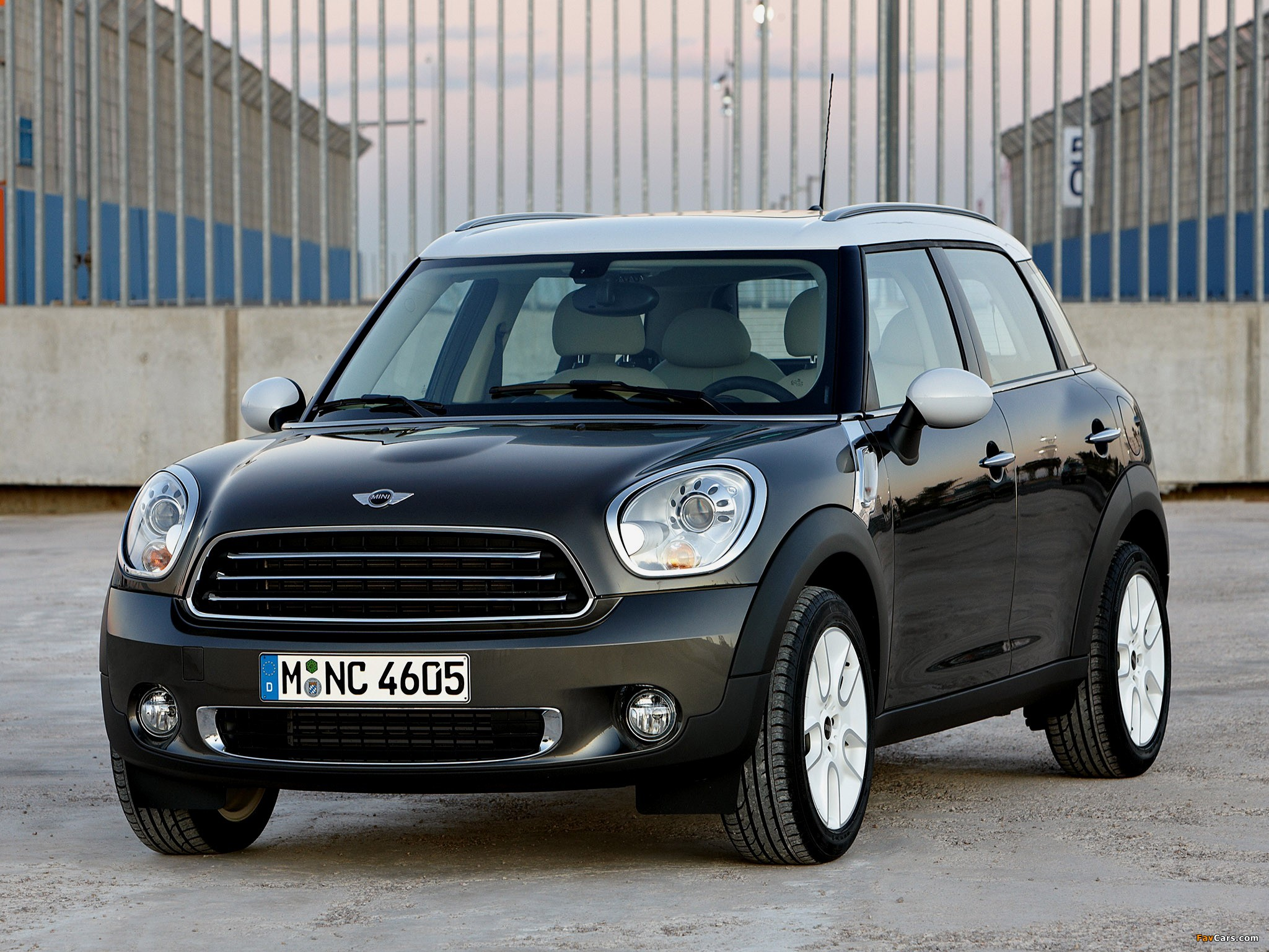 Mini Cooper Countryman R60 2010 Wallpapers