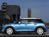 Images of Mini Cooper S 5-door 2014