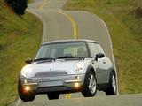 Mini Cooper (R50) 2001–04 images
