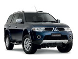 Images of Mitsubishi Challenger 2008