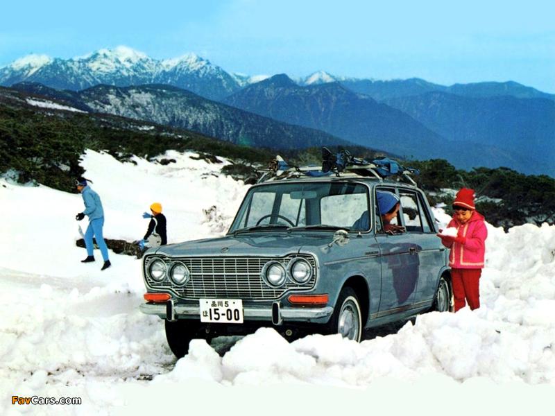 Pictures of Mitsubishi Colt 1500 Sedan 1965–70 (800 x 600)