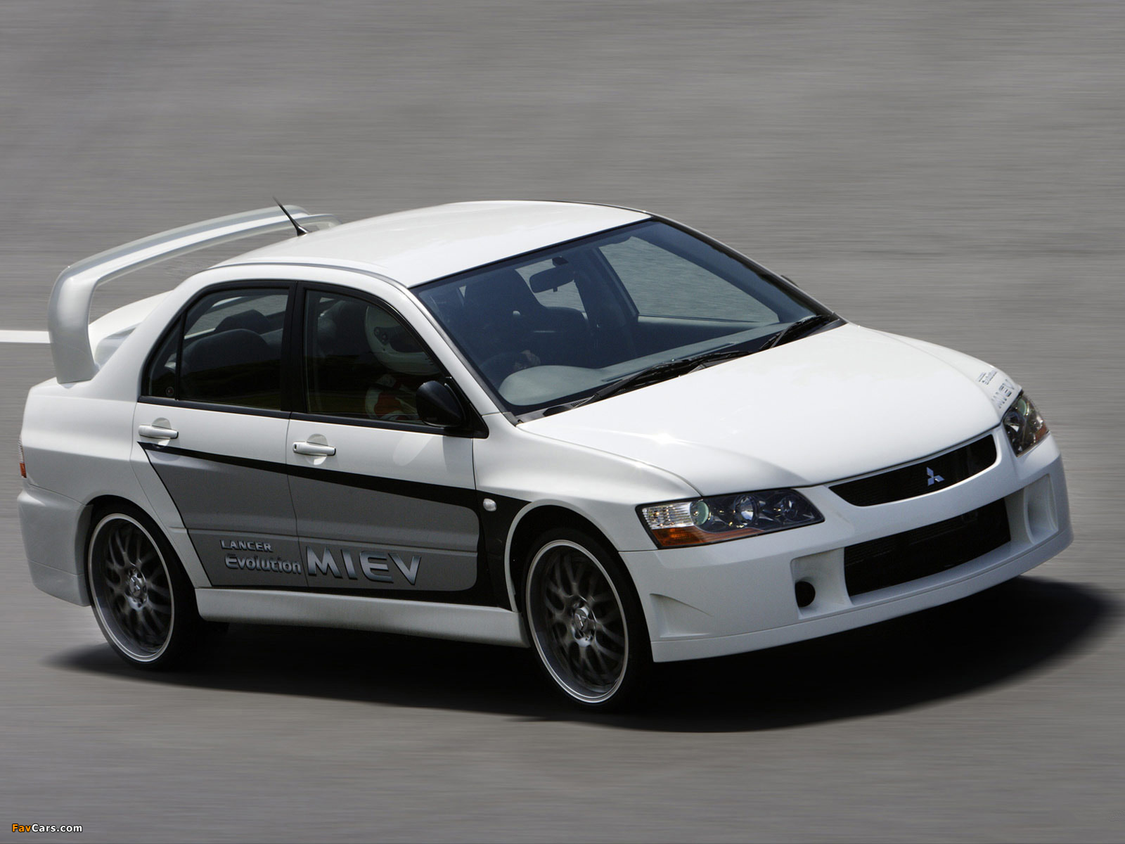 Mitsubishi Lancer Evolution MIEV Concept 2005 photos (1600 x 1200)