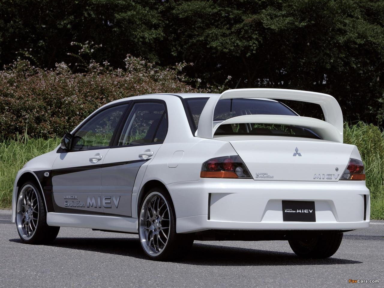 Photos of Mitsubishi Lancer Evolution MIEV Concept 2005 (1280 x 960)