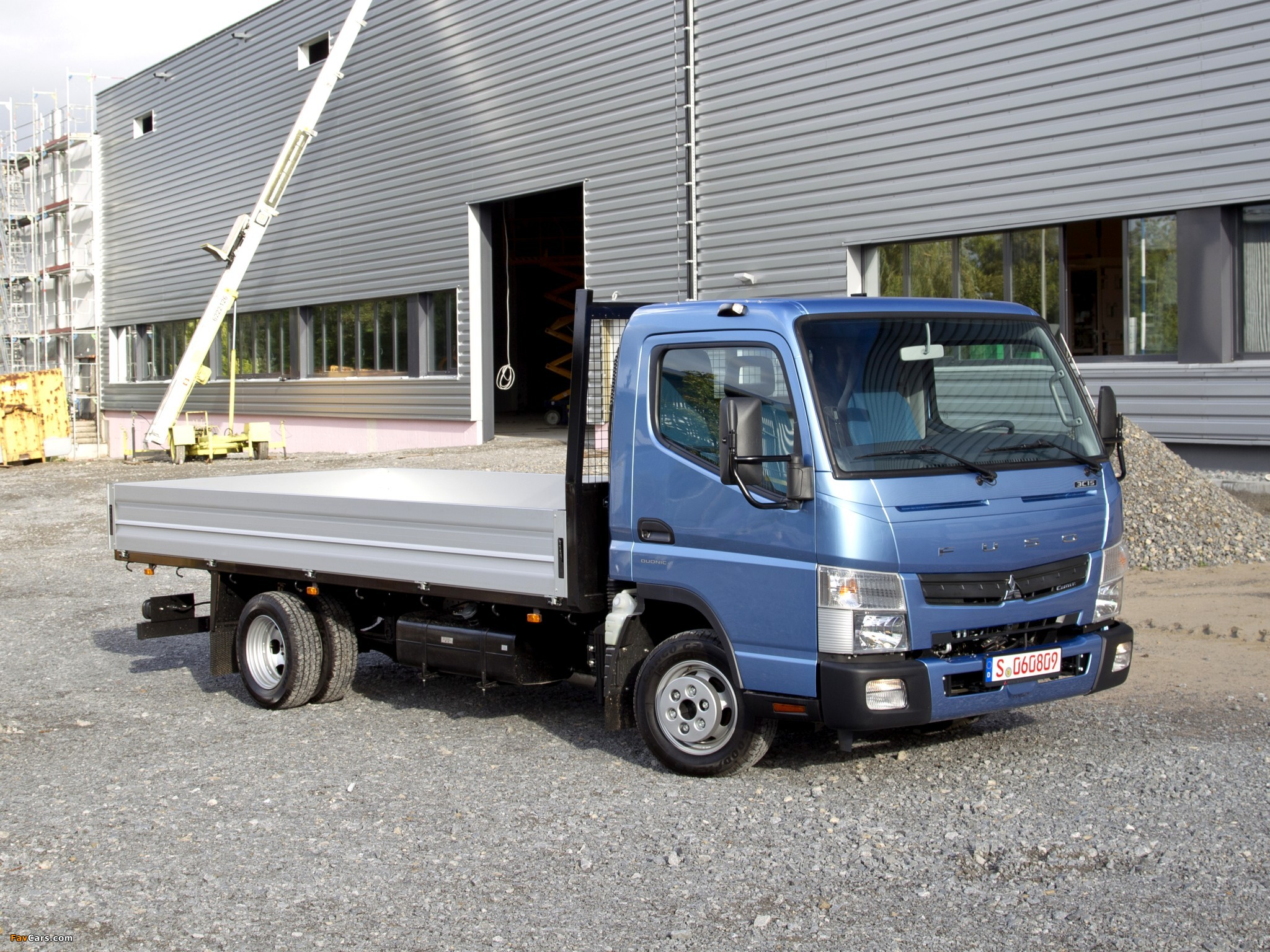 Images of Mitsubishi Fuso Canter (FE7) 2010 (2048 x 1536)