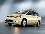 Mitsubishi Grandis Taxi 2003–10 photos