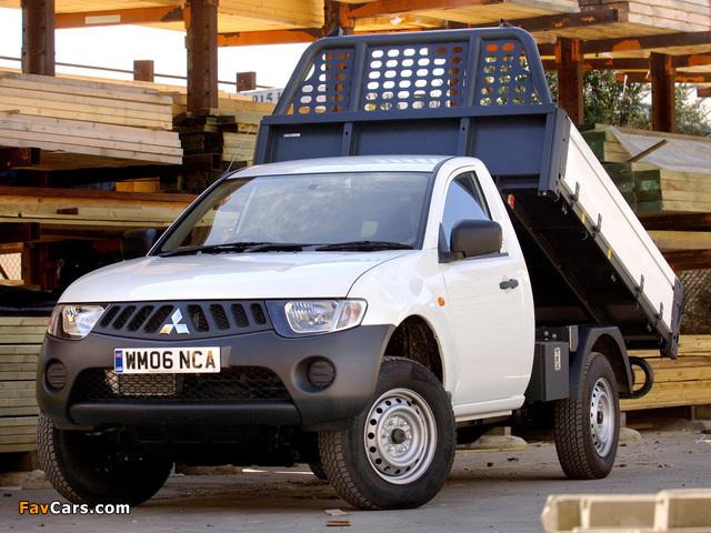 Images of Mitsubishi L200 Tipper UK-spec 2006–10 (640 x 480)