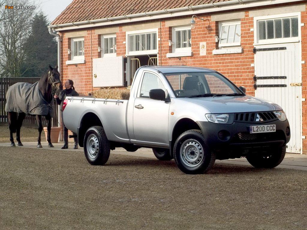 Images of Mitsubishi L200 4Work Single Cab UK-spec 2006–10 (1024 x 768)