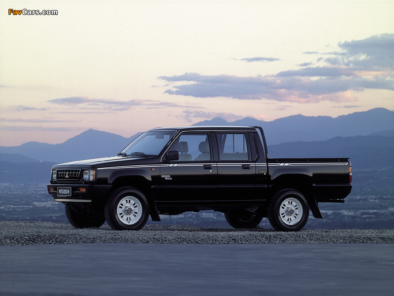 Mitsubishi L200 Double Cab 4WD 1986–96 images (800 x 600)