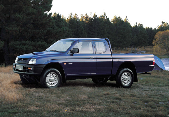 mitsubishi l200 club cab 1996 2001 images. Black Bedroom Furniture Sets. Home Design Ideas
