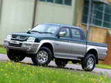 Mitsubishi L200 4Life Double Cab UK-spec 2005–06 images