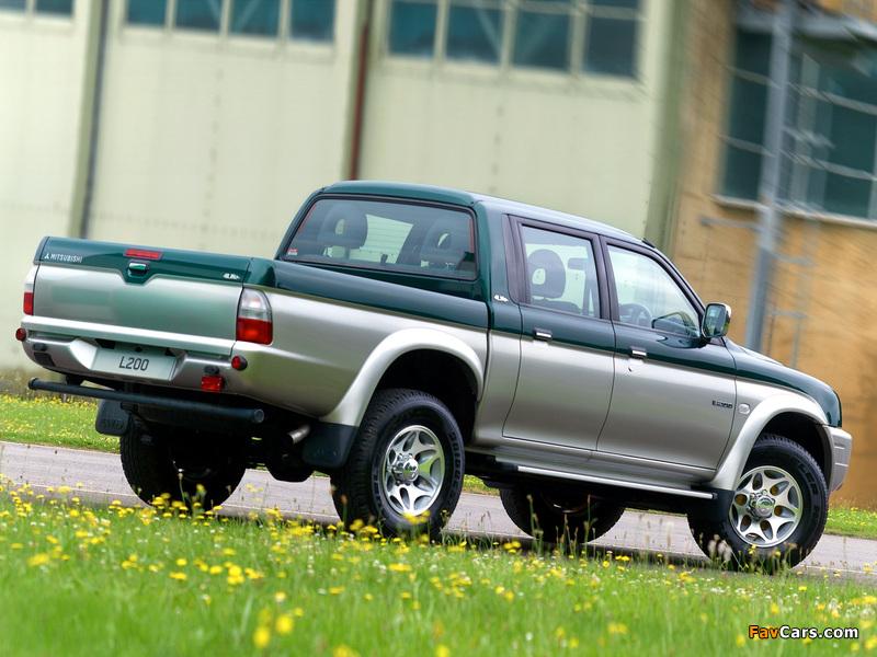 Mitsubishi L200 4Life Double Cab UK-spec 2005–06 wallpapers (800 x 600)