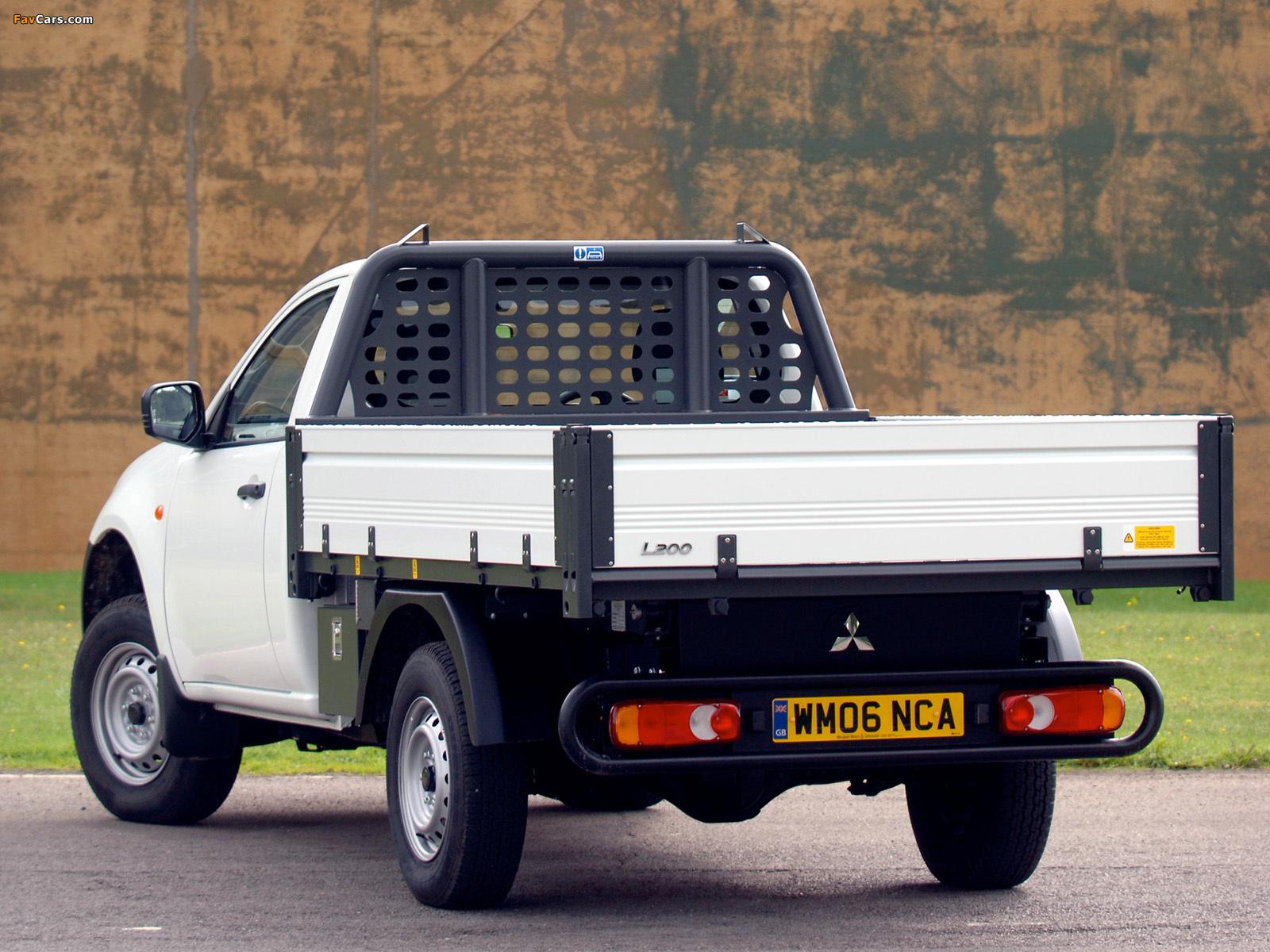 Mitsubishi L200 Tipper UK-spec 2006–10 pictures (1600 x 1200)