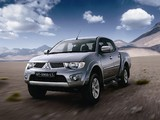 Photos of Mitsubishi L200 Triton BR-spec 2011