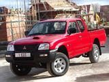 Pictures of Mitsubishi L200 4Work Club Cab UK-spec 2005–06