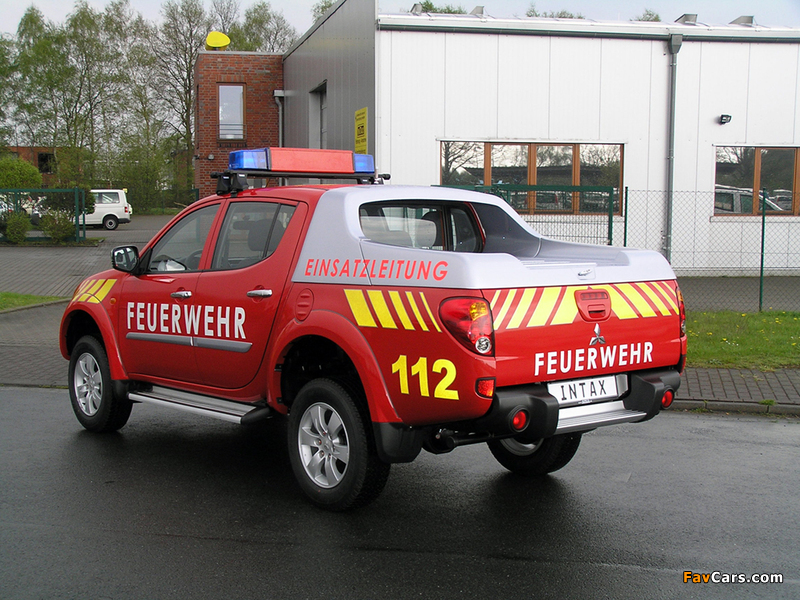 Pictures of Mitsubishi L200 Double Cab Feuerwehr 2006–10 (800 x 600)
