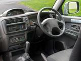 Mitsubishi L200 4Life Double Cab UK-spec 2005–06 wallpapers