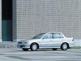 Mitsubishi Lancer Sedan 1988–91 pictures