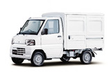 Photos of Mitsubishi Minicab Truck 2011