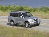 Photos of Mitsubishi Montero 5-door 1999–2006
