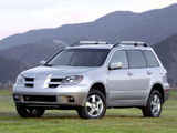 Mitsubishi Outlander US-spec 2003–06 wallpapers