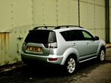 Mitsubishi Outlander UK-spec 2009–12 photos