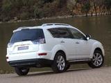 Mitsubishi Outlander ZA-spec 2010–12 images