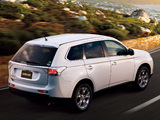 Mitsubishi Outlander JP-spec 2012 photos