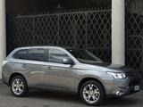 Mitsubishi Outlander AU-spec 2012 pictures