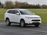 Mitsubishi Outlander UK-spec 2013 photos