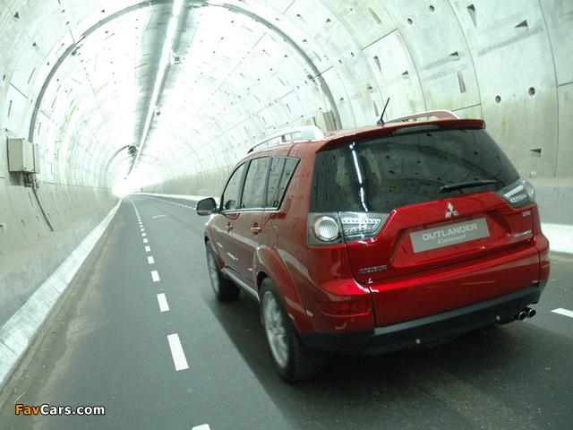 Photos of Mitsubishi Outlander Concept 2006 (640 x 480)