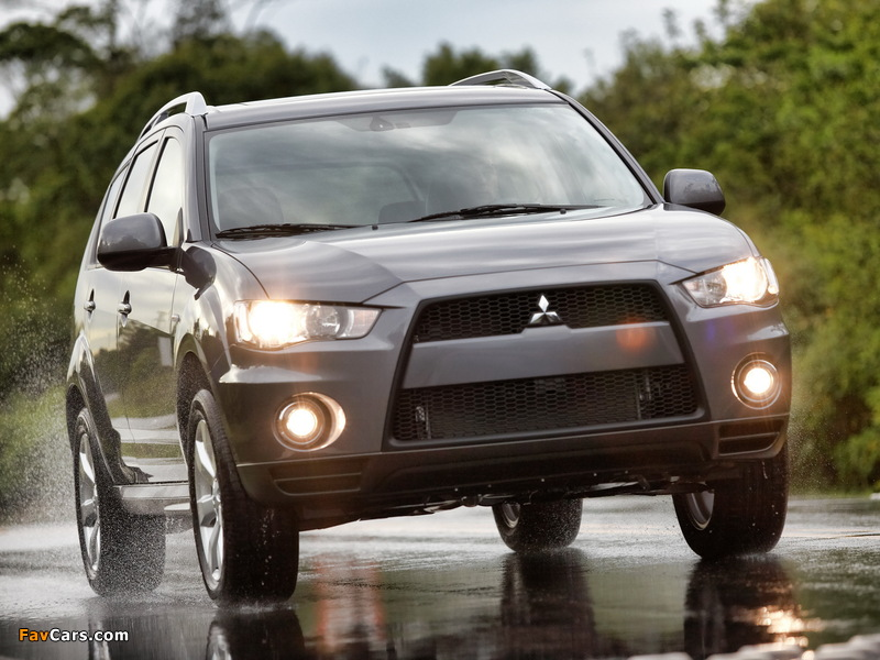 Pictures of Mitsubishi Outlander US-spec 2009 (800 x 600)