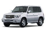 Pictures of Mitsubishi Pajero iO 5-door 2000–07