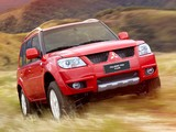 Photos of Mitsubishi Pajero TR4 2012