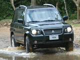 Photos of Mitsubishi Pajero TR4 2002–10
