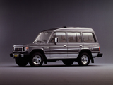 Mitsubishi Pajero Wagon High Roof (I) 1983–91 photos