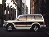 Mitsubishi Pajero Wagon JP-spec (II) 1991–97 wallpapers