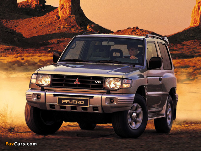 Mitsubishi Pajero Metal Top 1997–99 photos (640 x 480)