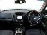 Mitsubishi Pajero 5-door AU-spec 2006–11 images