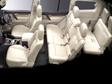 Mitsubishi Pajero 5-door JP-spec 2006–11 photos
