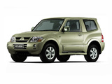 Pictures of Mitsubishi Pajero 3-door 1999–2006