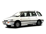 Images of Mitsubishi Space Wagon 1991–94