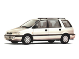 Mitsubishi Space Wagon 1994–97 pictures