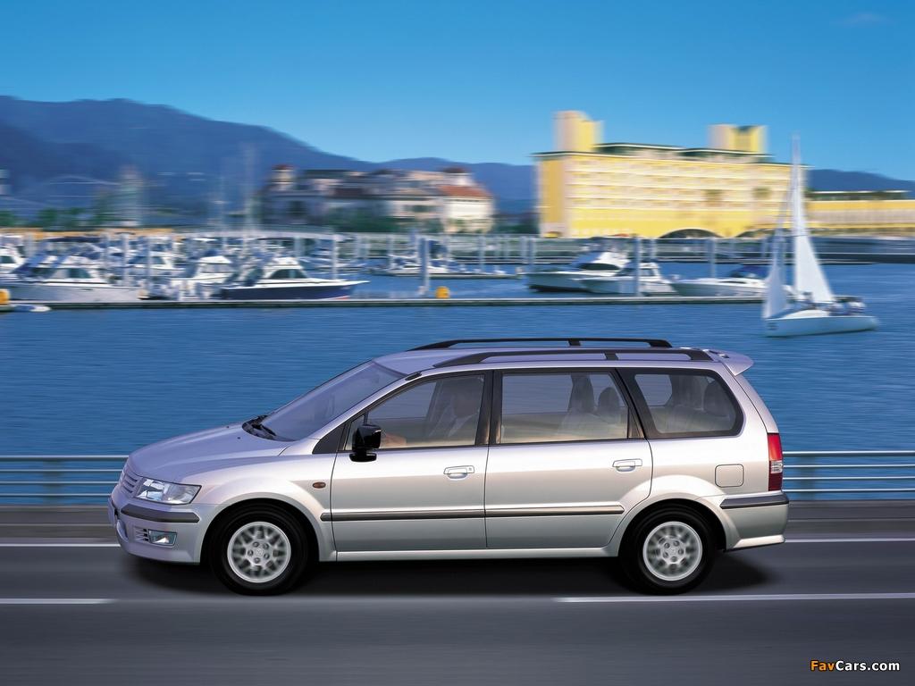 Mitsubishi Space Wagon 1997–2003 images (1024 x 768)