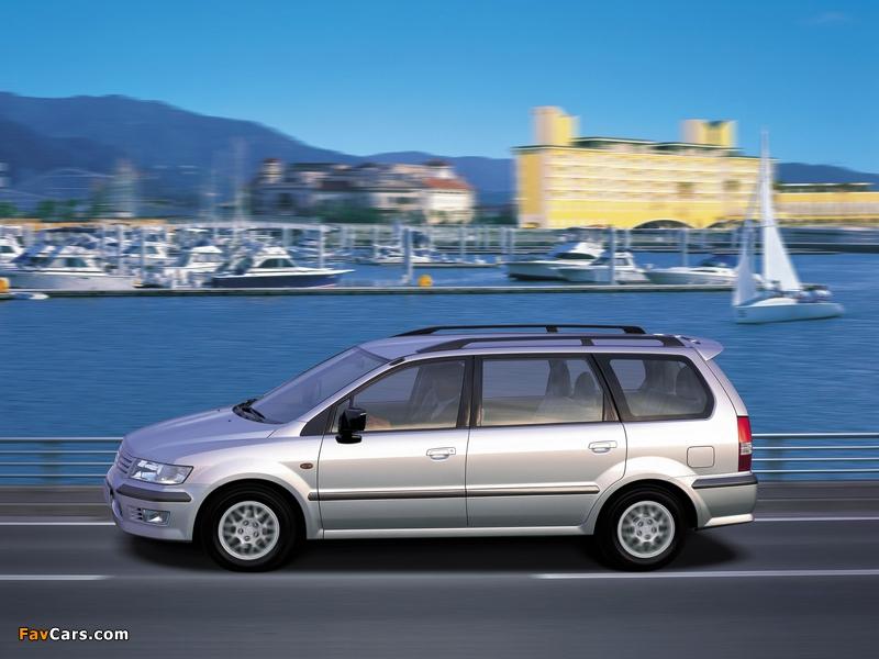 Mitsubishi Space Wagon 1997–2003 images (800 x 600)