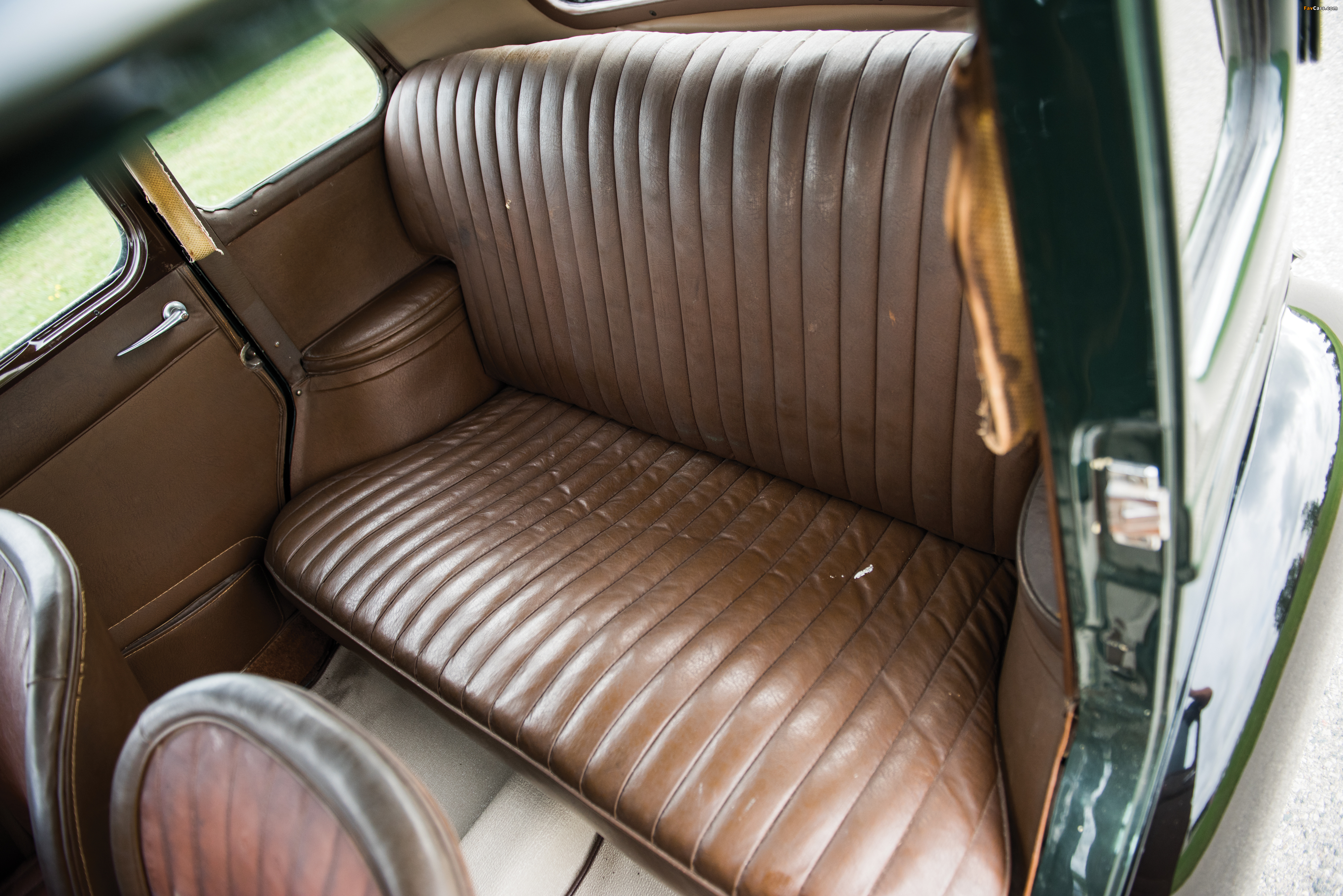 Photos of Morris Ten Series M 1938–39 (4000 x 2670)