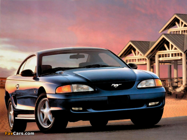 Images of Mustang GT Coupe 1993–96 (640 x 480)