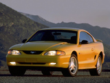 Mustang GT Coupe 1993–96 pictures