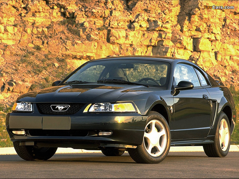 Mustang GT Coupe 1998–2004 pictures (800 x 600)